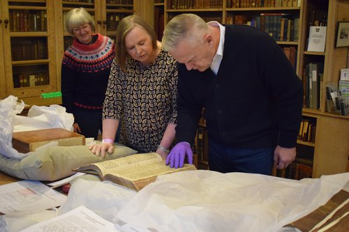 Huw Edwards at St Davids Cathedral [library]